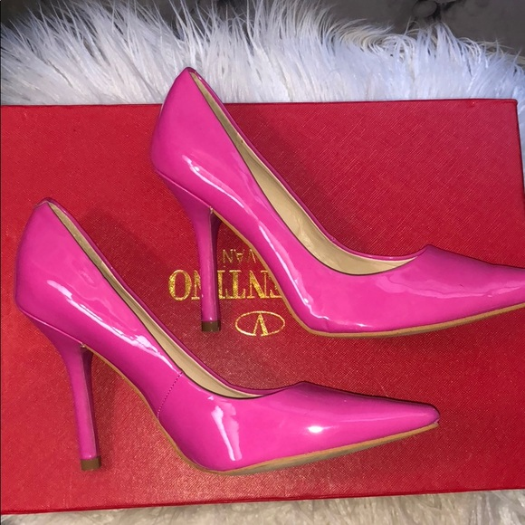 6864b359426 Glossy Hot Pink Patent Leather Point Toe Pumps